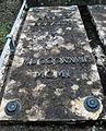Cimitero Evangelico Agli Allori - grave - Arnold Böcklin - detail.jpg
