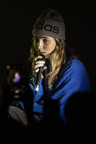 Picture of a band or musician: Clairo