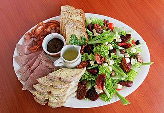 Salad bowl (cultural idea) - Various distinct components can combine to make a salad.