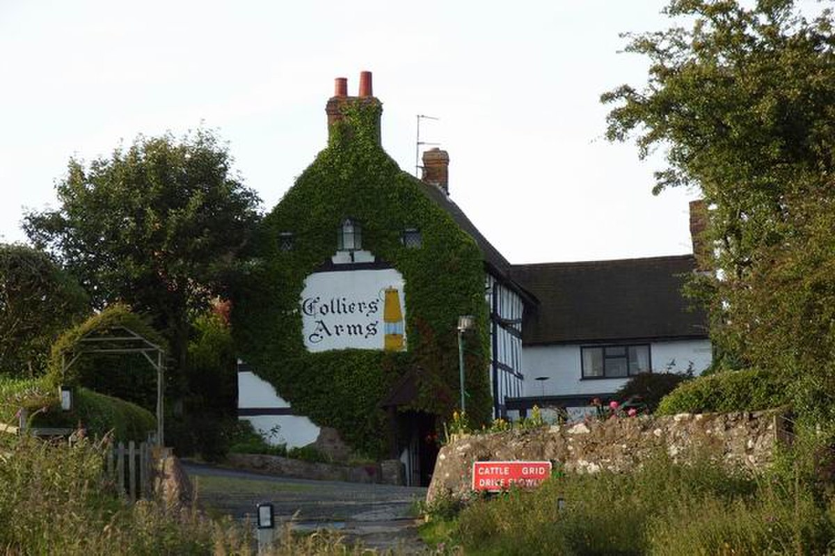 Colliers Arms - geograph.org.uk - 891837.jpg