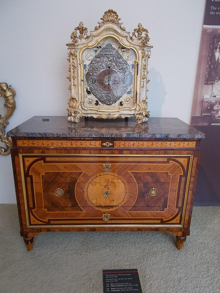 Th Century Furniture Room