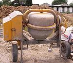 pompa per calcestruzzo betoniere e mescolatori x malte e calcestruzzi 150px-ConcreteMixer4
