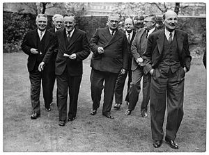 1946 Commonwealth Prime Ministers' Conference - Image: Conference of the Commonwealth Prime Ministers, 1946