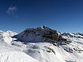 Corn Alv and Piz Julier as seen from Piz Campagnung.jpg