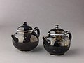 Covered teapot or winepot (pair with 1975.1.1702) MET 1702, 1703-1.jpg