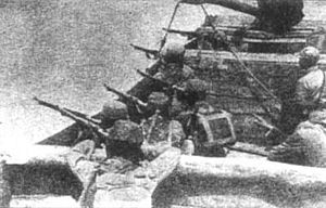 Battle of Wuhan - Chinese defenders around the Yangtze River during the Battle of Wuhan.