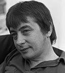 Derek Fowlds: Age & Birthday