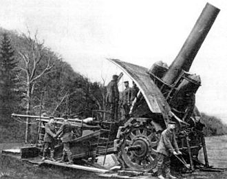 Siege engine - A German Big Bertha howitzer being readied for firing