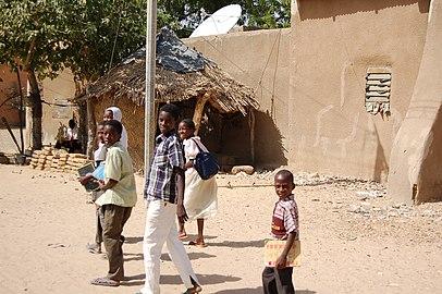 Diffa school children 2006 002