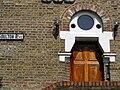 Doorway, NE Street sign. E5.jpg