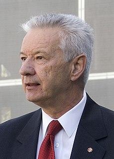 Doug Cameron (politician)