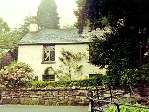 Guide to the Lakes - Dove Cottage, Wordsworth's home near Grasmere in the Lake District