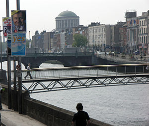 Millennium Bridge (Dublin) - Image: Dublin 2004 Sean Mc Clean