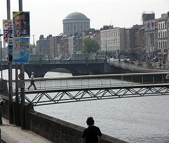 Millennium Bridge (Dublin) - Image: Dublin 2004 Sean Mc Clean
