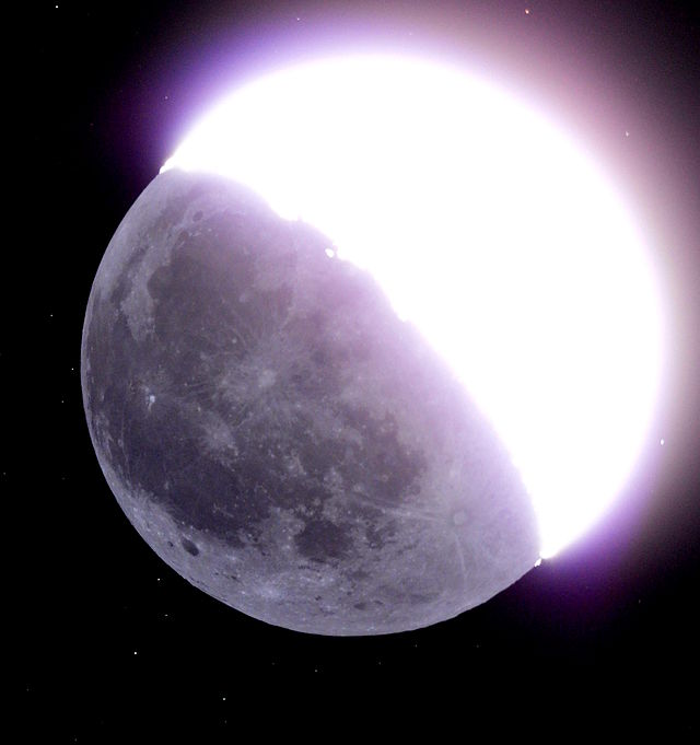 File:Earthshine Moon.jpg