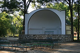National Register of Historic Places listings in Cerro Gordo County, Iowa - Image: East Park Band Shell Mason City, IA