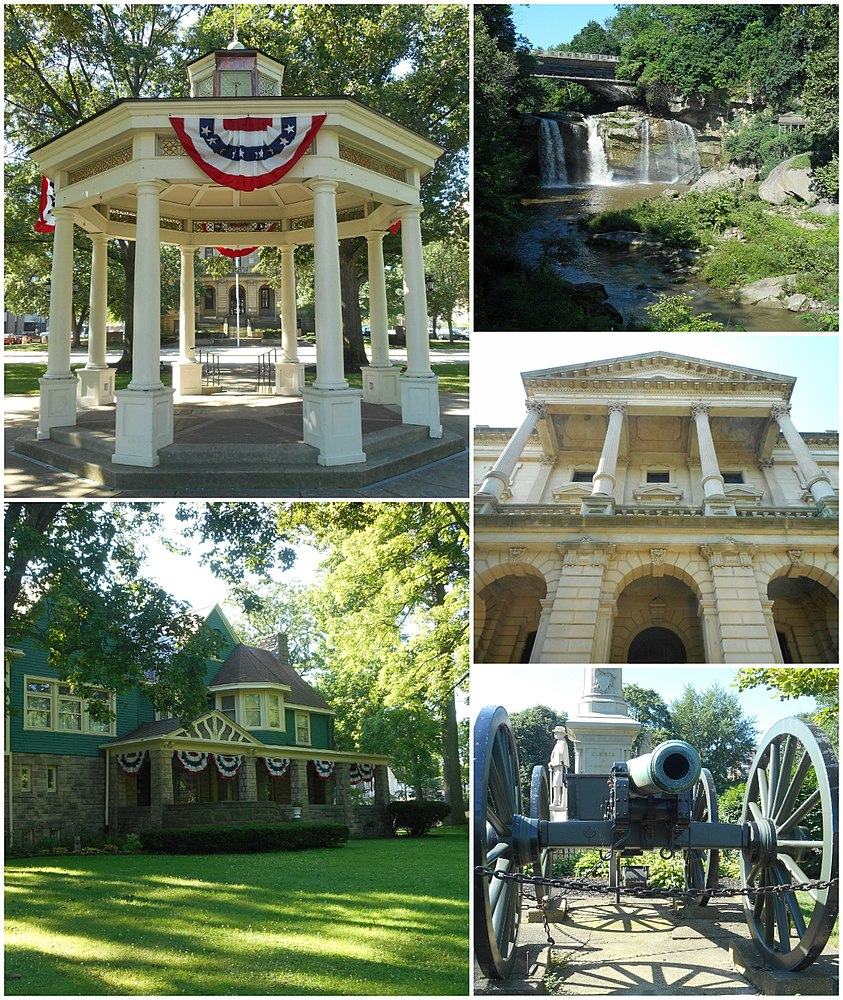 The population density of Elyria in Ohio is 1010.06 people per square kilometer (2615.49 / sq mi)