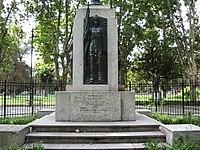 Estatua Arenales.JPG