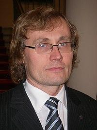 Estonian education minister Tõnis Lukas in Tartu 18 October 2007.jpg