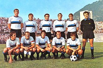 Giacinto Facchetti - Facchetti (standing, first from the left) with 1970–71 Inter Milan