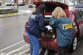 FEMA - 34781 - Community Relations (CR) Specialists Distribute FEMA Information in Kentucky.jpg