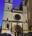 Facade eglise saint pierre gourdon.jpg