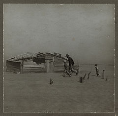 http://upload.wikimedia.org/wikipedia/commons/thumb/d/dc/Farmer_walking_in_dust_storm_Cimarron_County_Oklahoma.jpg/240px-Farmer_walking_in_dust_storm_Cimarron_County_Oklahoma.jpg
