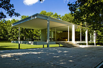 Farnsworth House - Image: Farnsworth House Mies 5