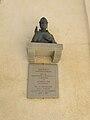 Fivizzano-statua papa Niccolò V1.JPG