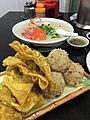 Food ESTAB. COMIDAS LOK KEI, Macau, 炸鴛鴦, 魚球, 雲吞, 六記粥麵, 沙梨頭, 澳門 (17310639045).jpg