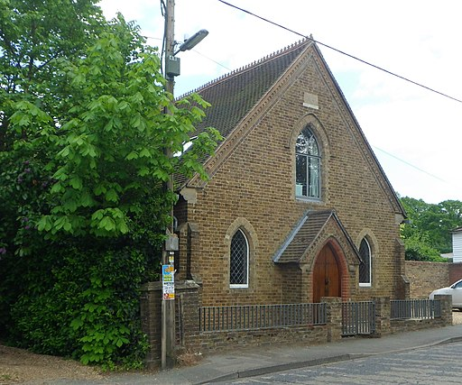 Former Providence Chapel, Petworth Road, Chiddingfold (May 2014) (1)
