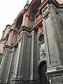 Foto lateral de la catedral.jpg