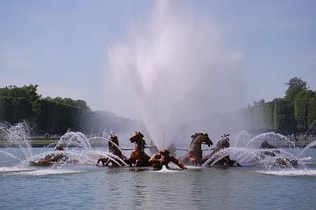 Fountain In The Parc De Versailles (2519408544)