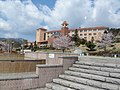 Fruit Park Fujiya Hotel Fountain.JPG