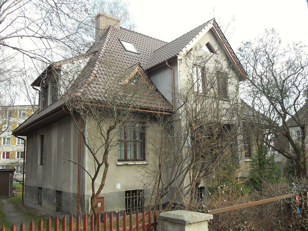 1024px-Gda%C5%84sk_ulica_Polanki_60.JPG