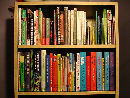 German American Kids Bookshelf