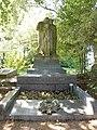 Ghent Westerbegraafplaats - monument Vanderhaeghen-Delaruelle.jpg