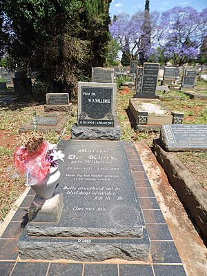 Marike de Klerk - The graves of Prof W.A. Willemse and his daughter Marike de Klerk in the Pretoria West Cemetary. Her date of birth is March 29, 1937 and her date of death December 3, 2001.