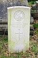 Gravestone - Lieutenant H.S.Farebrother - geograph.org.uk - 67625.jpg
