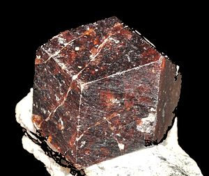 Rhombic dodecahedron - A garnet crystal