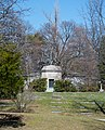 Griffiths Mausoleum - Lake View Cemetery (42114317042).jpg