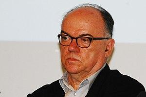 Adolf Krischanitz - Image: Guenther Z 2012 06 04 0021 Wien 04 Karlsplatz Adolf Krischanitz