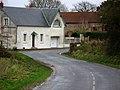 Gueudecourt entrée Ouest 2 (flou).jpg