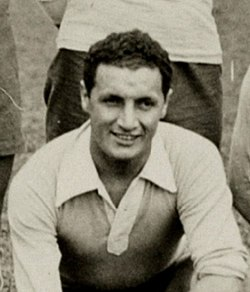 Héctor Castro (1928).jpg