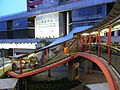HK Sheung Wan 上環 covered footbridge 德輔道中 Connaught Road Central 03 evening April-2012.JPG