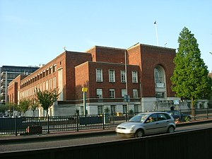 Hammersmith and Fulham London Borough Council - Image: Hammersmith Town Hall in daylight geograph.org.uk 800796