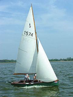 Hornet (dinghy) high performance dinghy