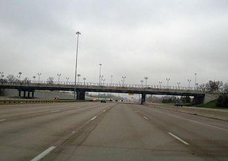 Interstate 270 (Ohio) - I-270 at exit 33