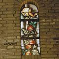Interieur kapel van Theresia, glas-in-lood raam - Geleen - 20322126 - RCE.jpg
