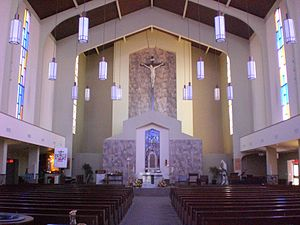 Holy Rosary Church, Guelph - Image: Interior Holy Rosary Church, Guelph